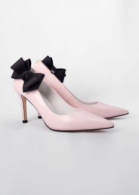 Светло-розовые туфли-лодочки на каблуках с брошью TBB009-01SH