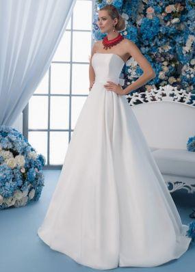 Атласное свадебное платье с декольте SDV017