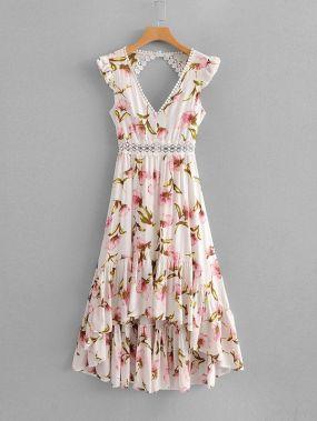 Платье с открытой спиной и кружевами