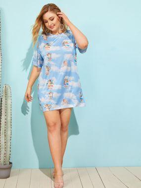 Платье-футболка с графическим принтом размера плюс