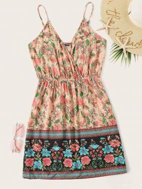 Платье с цветочным принтом и глубоким V-образным вырезом