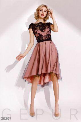 Платье с контрастным кружевом