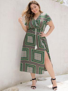 Платье на кулиске с племенным принтом размера плюс