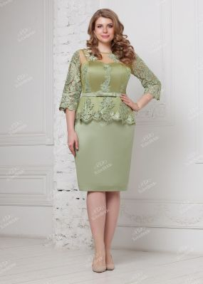 Зеленое атласное платье с узким поясом NN072B