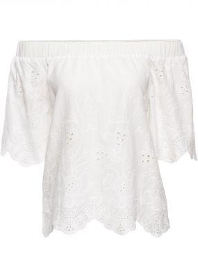 Блузка-кармен с вышивкой