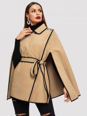 Пальто-пончо с контрастной отделкой и пуговицами
