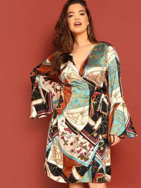 Размер плюс платье с графическим принтом и глубоким v-образным вырезом и оригинальным рукавом