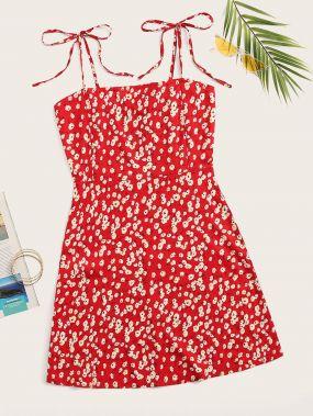 Цветочное платье на бретелях размера плюс