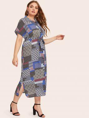 Платье с поясом, графическим принтом и разрезом сбоку размера плюс