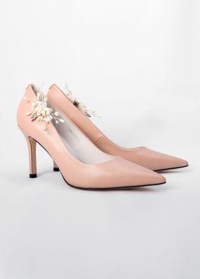 Классические туфли-лодочки с брошью TBB002-11SH
