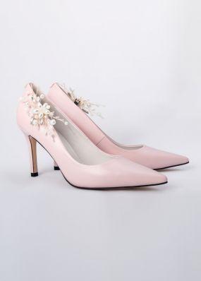 Светло-розовые туфли-лодочки на каблуках с брошью TBB009-08SH