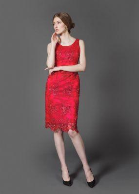 Красное платье футляр с бисером KV004B