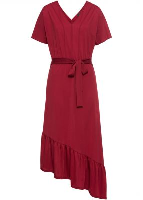 Платье с текстильным поясом