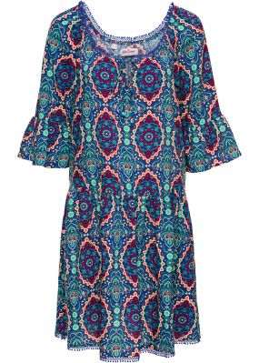 Платье с принтом и коротким рукавом