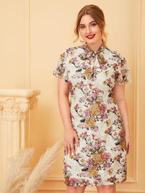 Кружевное платье размера плюс с воротником-бантом и цветочным принтом