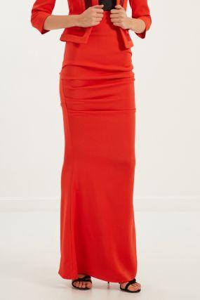 Красная юбка с драпировкой