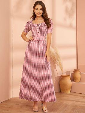 Платье в клетку с пышными рукавами и пуговицами