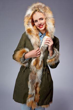 Модная зимняя куртка-парка на меху