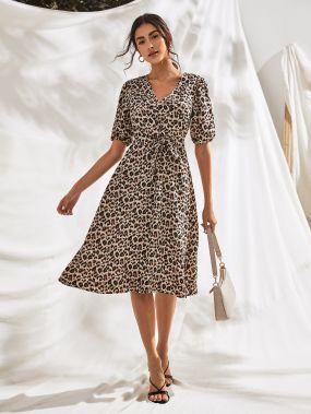 Леопардовое миди-платье с пышными рукавами