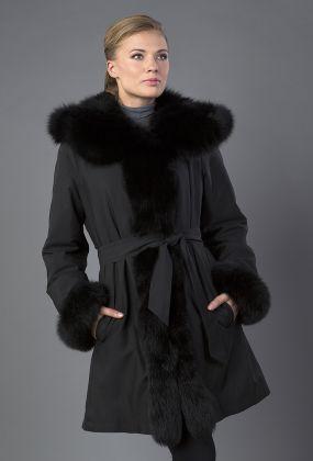 Зимнее пальто трапеция с капюшоном