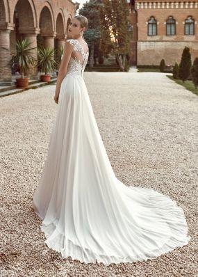 Легкое свадебное платье из шифона SOL009