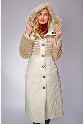Приталенное демисезонное пальто с натуральным мехом
