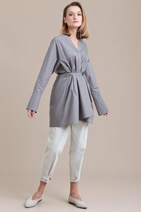 Блузка-кимоно Черешня из тёмно-серого хлопка с высоким манжетом (40-46)