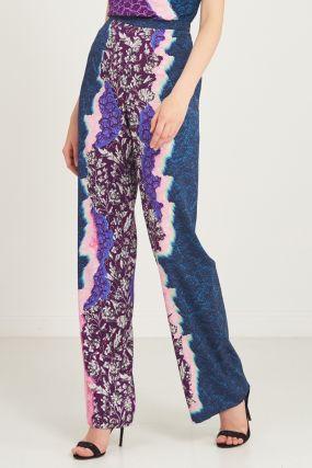 Широкие брюки с пестрым принтом