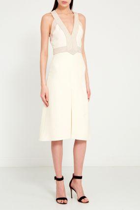 Короткое платье с отделкой