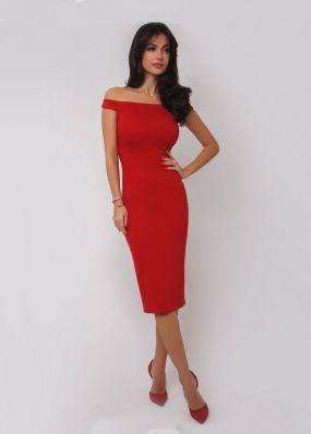Красное платье-футляр с открытыми плечами 171118