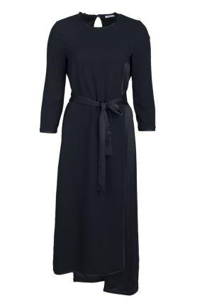 Черное асимметричное платье