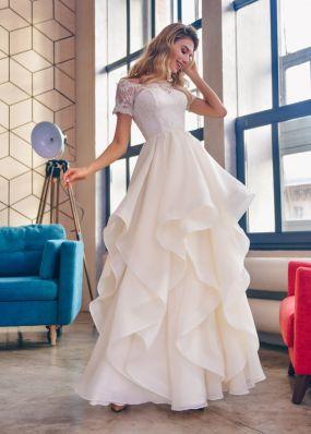 Свадебное платье с  фантазийной юбкой ZTB012