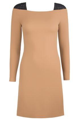 Шерстяное бежевое платье