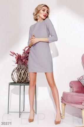 Платье с завязками на спине